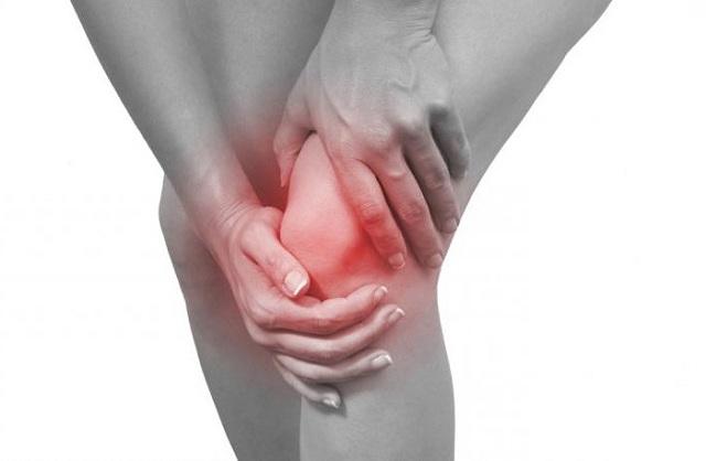Sưng, nóng ấm và đỏ là dấu hiệu bệnh viêm khớp