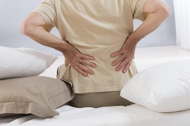 Lão hóa là nguyên nhân gây bệnh đau lưng dưới