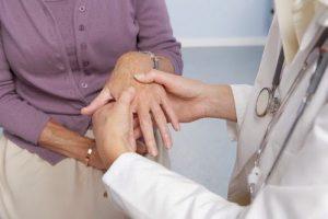 Bệnh viêm khớp dạng thấp có nguy hiểm không ?