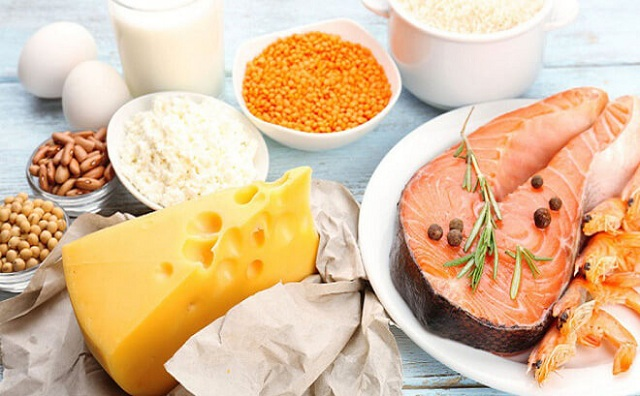 Bệnh viêm thấp khớp nên ăn nhiều vitamin D