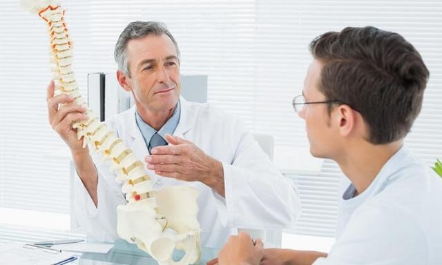 Khám và chẩn đoán bệnh trượt đốt sống thắt lưng