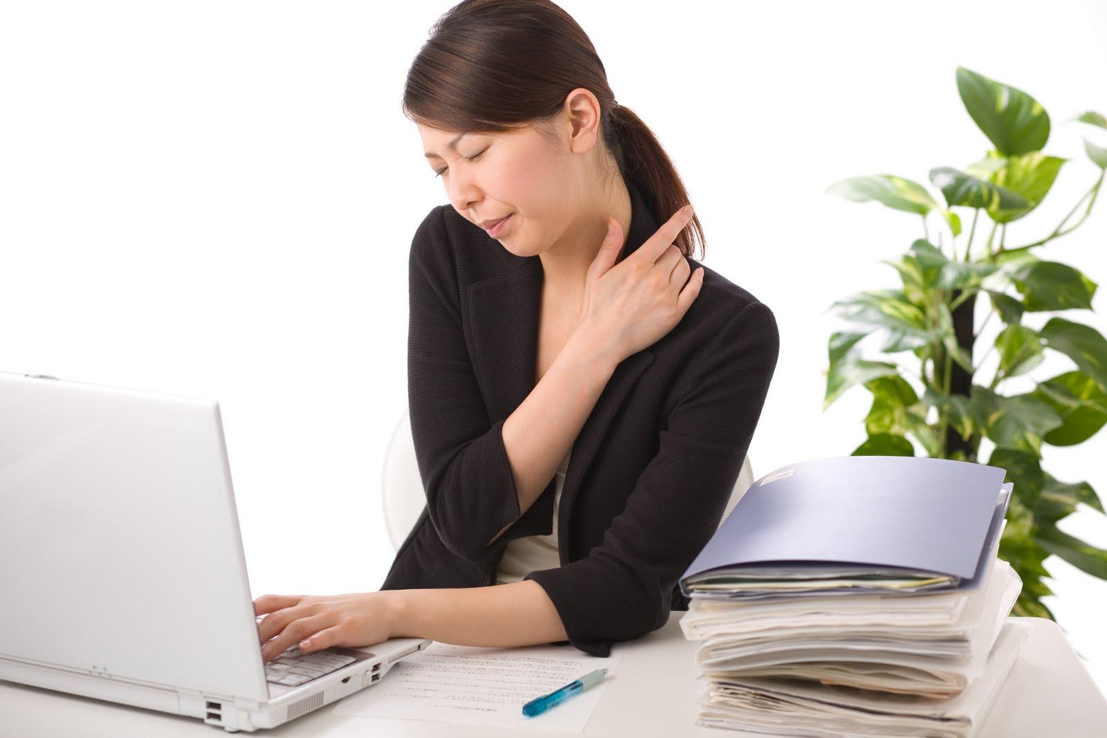 Xu hướng mới của dân văn phòng: Đi xoa bóp bấm huyệt để chăm sóc sức khỏe và phòng ngừa bệnh tật
