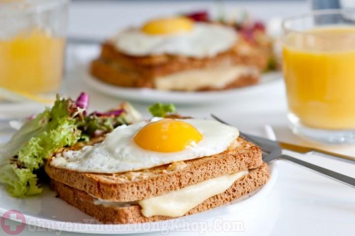 Bữa ăn sáng cho người sau mổ thoát vị đĩa đệm