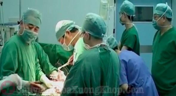 chữa trị thoái hóa cổ chân bằng phẫu thuật