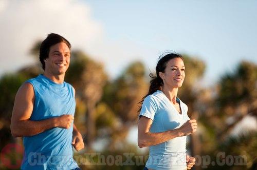 Thể dục thường xuyên phòng bệnh thoái hóa khớp vai