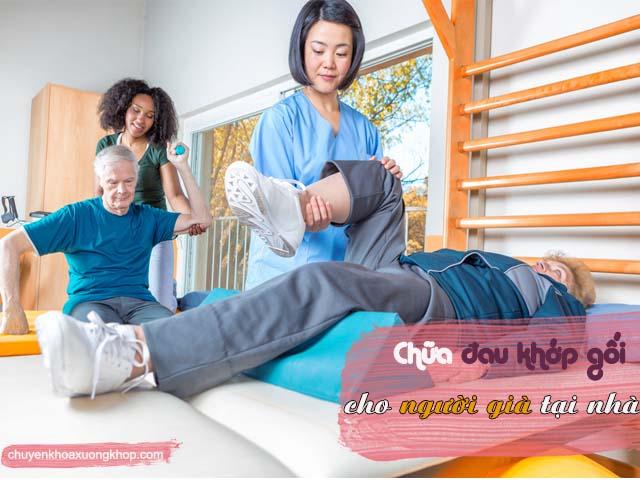 vật lý trị liệu cho người già đau khớp gối.