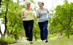 có nên chạy bộ khi bị thoái hoá đốt sống cổ
