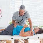 Vật lý trị liệu là phương pháp hữu hiệu cho người thoái hóa cột sống