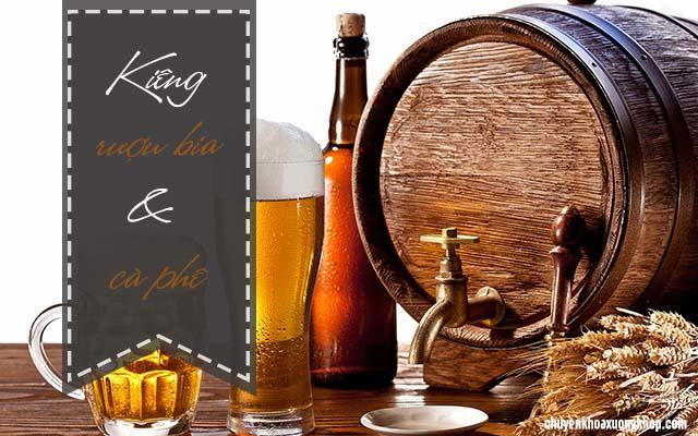 thoái hóa khớp kiêng các loại đồ uống chứa chất kích thích