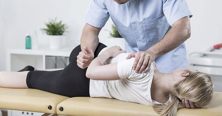 Phương pháp vật lý trị liệu giúp người bệnh vận động dễ dàng hơn