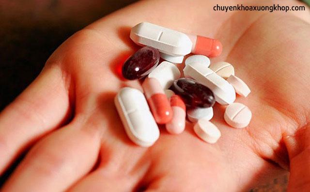 điều trị viêm đa khớp cấp tính
