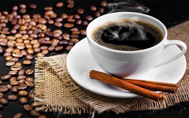 Hạn chế uống cà phê