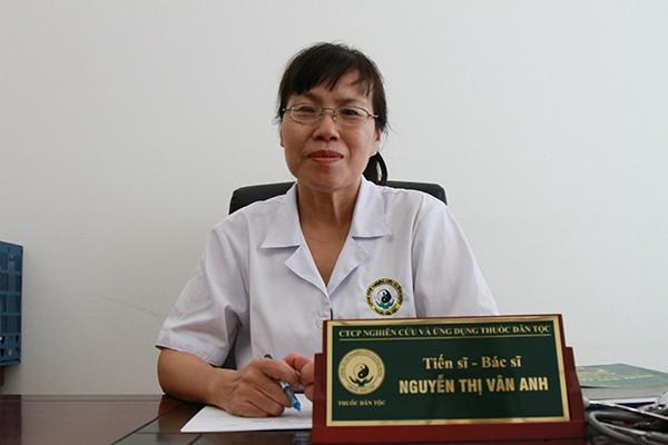 Bác sĩ Nguyễn Thị Vân Anh nhận xét vè bài thuốc của Đỗ Minh Đường