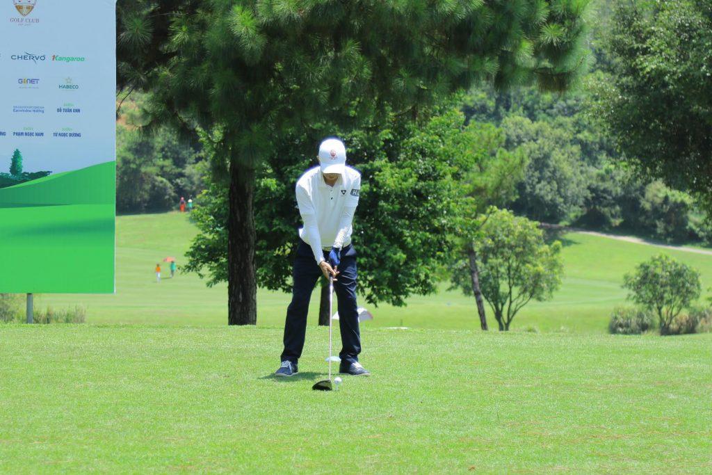 Phòng khám nào điều trị cơ xương khớp cho người chơi golf tốt nhất Hà Nội