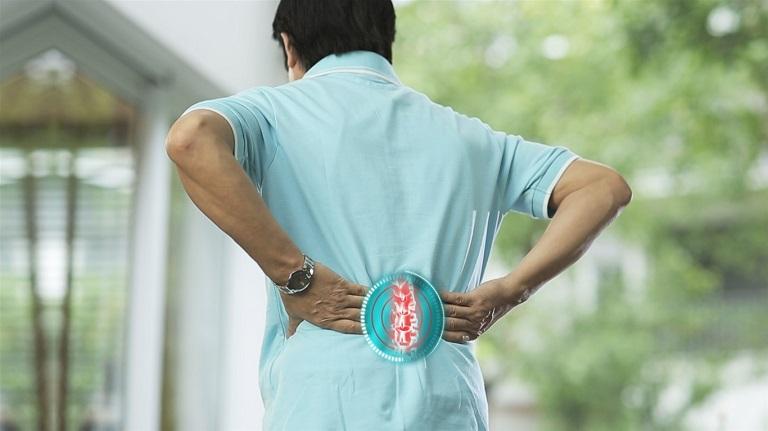 Thoát vị đĩa đệm cột sống thắt lưng ảnh hưởng đến vận động và có thể gây biến chứng nguy hiểm